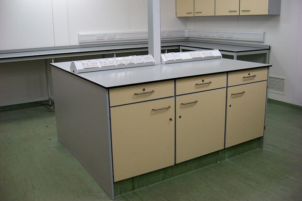 Commercial-Laboratories-08