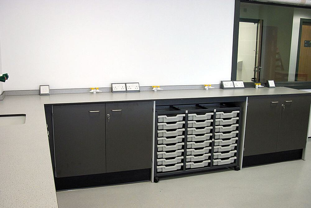 Science-laboratory-furniture-13