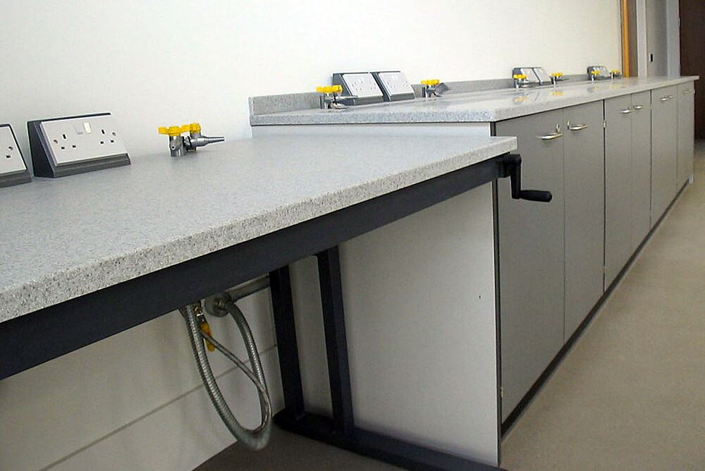 Science-laboratory-furniture-15