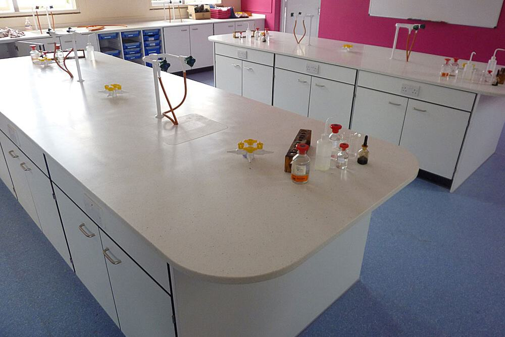 Science-laboratory-furniture-20