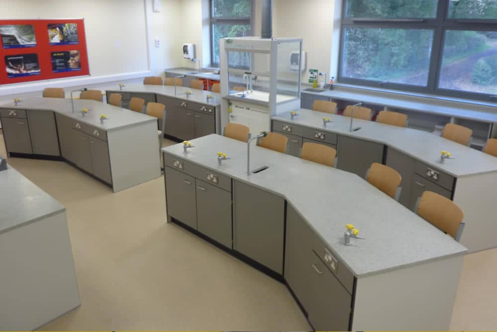 web-Science-laboratory-furniture-14