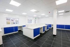 Pathology laboratory design resulting in large and bright lab.