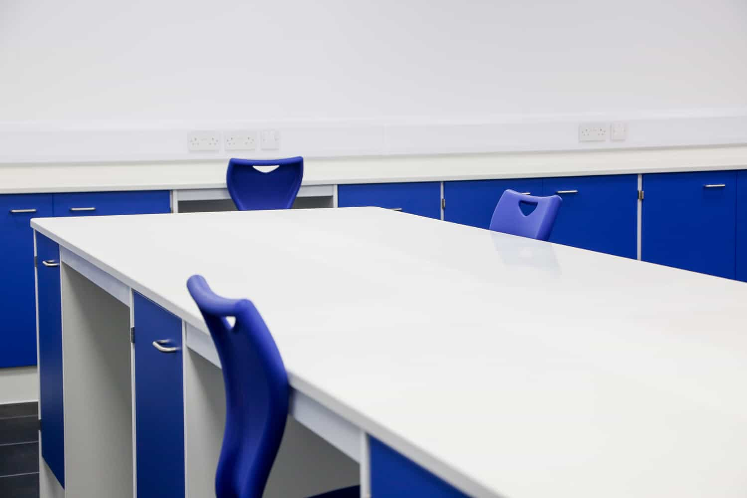 Velstone laboratory worktop for research, industrial, university and medical laboratories.