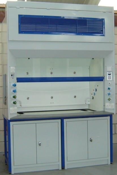 Industrial fume cupboard