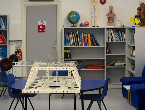 the-ryleys-school-science-lab-refurbishment-with-breakout-space