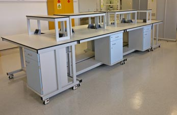 Mobile laboratory furniture for research lab