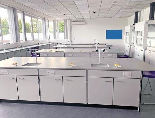Science laboratory design - Sale Grammar School