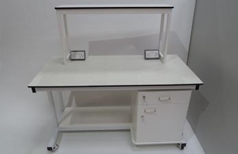 Mobile Laboratory Bench with Reagent Shelf