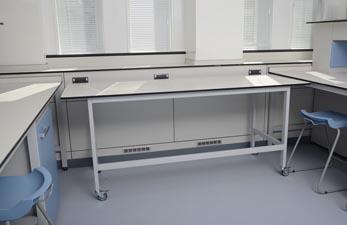 Mobile lab tables - Klick Laboratories